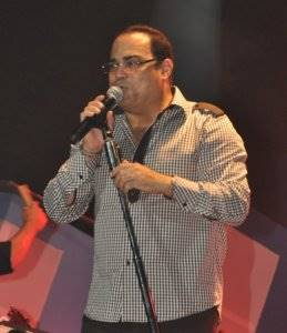 Gilberto Santa Rosa (Caballero de la Salsa)